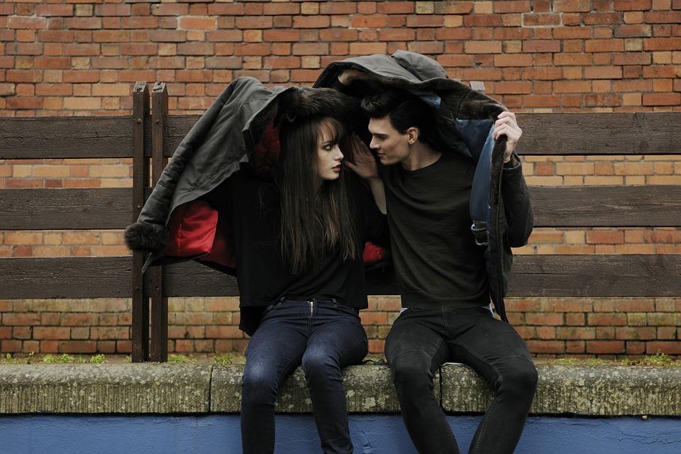 A figyelem szerepe a párkapcsolati kommunikációban