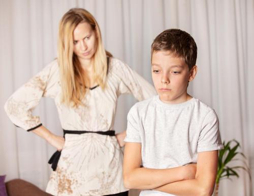 Hogyan kezeld, ha gyermeked megbuktatták, vagy bukásra áll?