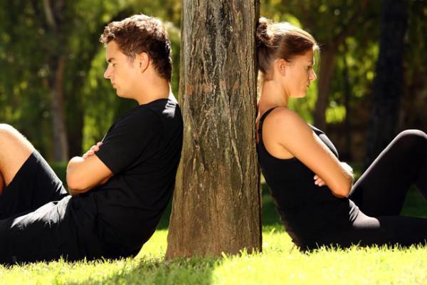 Kezeletlen figyelemzavar, hiperaktivitás széleskörű következményei Párkapcsolati problémák