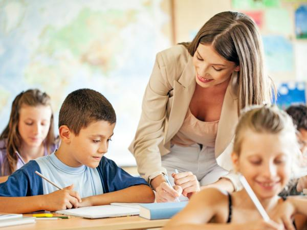 Amikor több szakember összehangolt segítsége hozhat tartós megoldást Abban az esetben, ha a gyermeket sorozatos iskolai kudarcok érték, és elvesztette önbizalmát, hallgass az ösztöneidre.