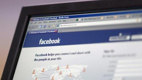 Mik az internetfüggőség tünetei? Az internetfüggőség: pszichológiai függőség az internettől.
