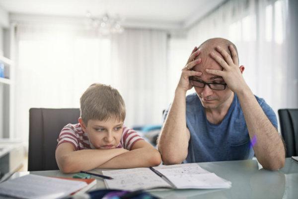 Helyes a mindennapi balhé egy lusta gyerekkel, a tanulási tippek helyett?