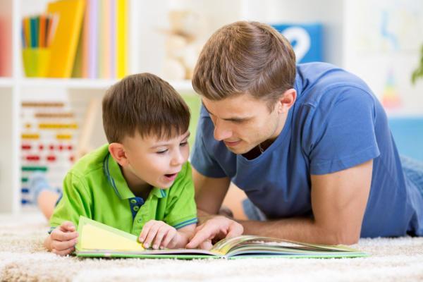 Miért fontos, hogy olvassunk a gyermekünknek?