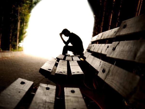 Öngyilkosság és akiket itthagytak Öngyilkosság feldolgozása a családban