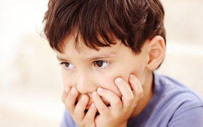 Szorongás leküzdése gyermekednél 13 tipp segítségével