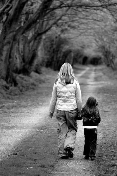 Szülői elidegenítés szindróma: mire készülj fel elidegenített szülőként?