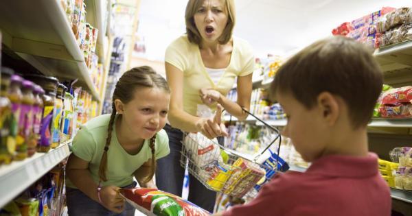 Persze, hogy türelmetlen vagyok a gyerekkel, ha gyereknevelés terhe rám hárul!